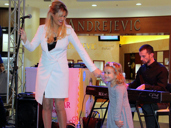 Shopping Night okupio ljubitelje kupovine i muzike